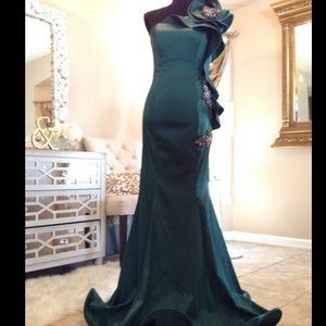COUTURE EVENING DRESS!!😻😻